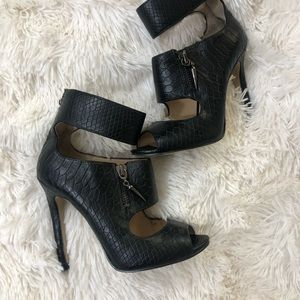 Enzo Angiolini • Heels • Ankle Strap • 4M • Zipper